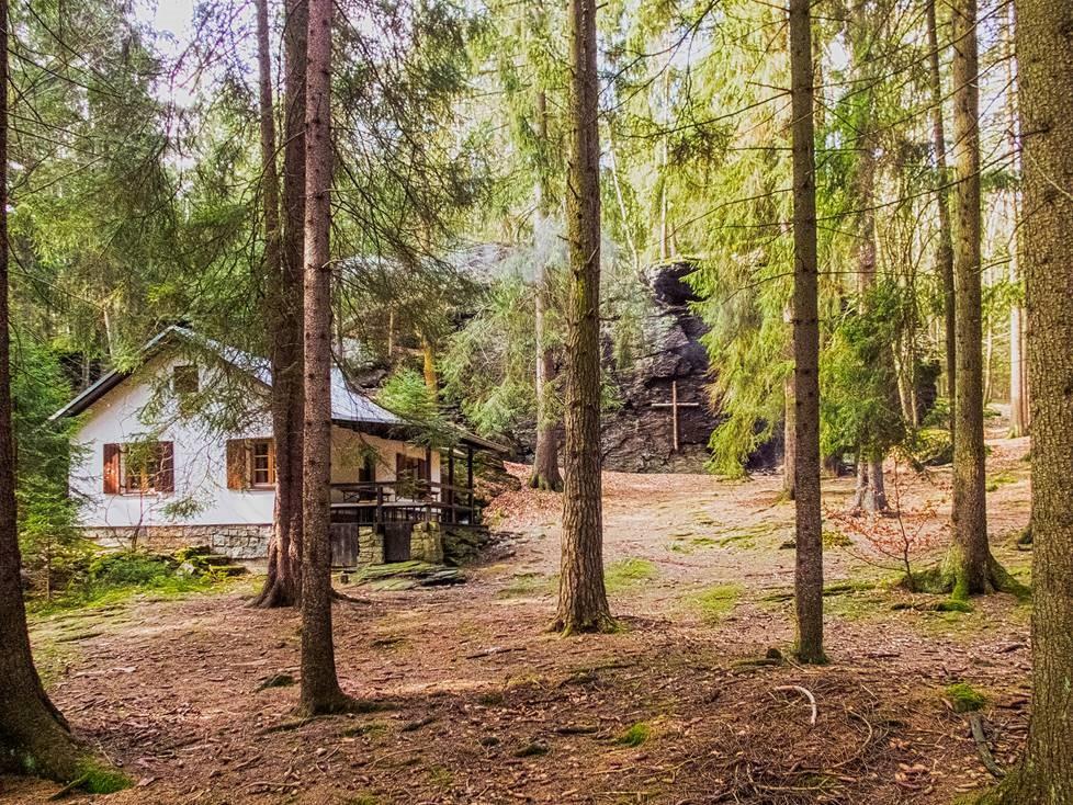 Ringelfelsen mit Hütte