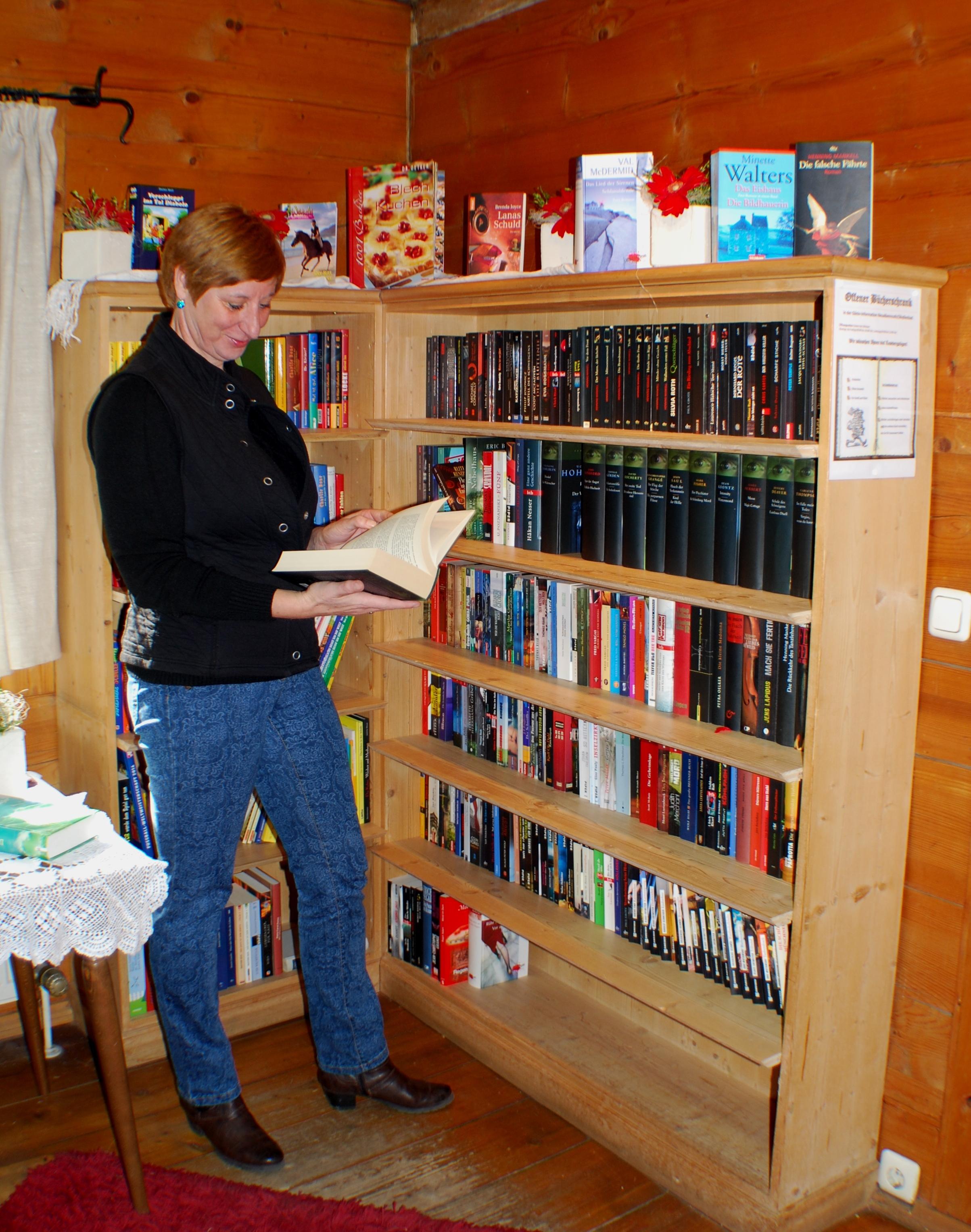 offener Bücherschrank