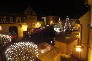 Weihnachtlicher Kunsthandwerkermarkt @ Marktplatz Neualbenreuth | Neualbenreuth | Bayern | Deutschland