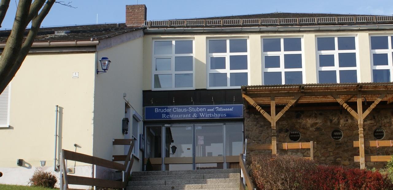 Bruder Claus-Stuben Neualbenreuth Eingang zugeschnitten